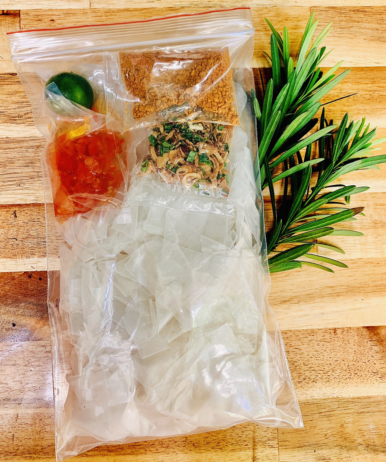 Bánh Tráng Dẻo Trộn Ớt Hành Phi